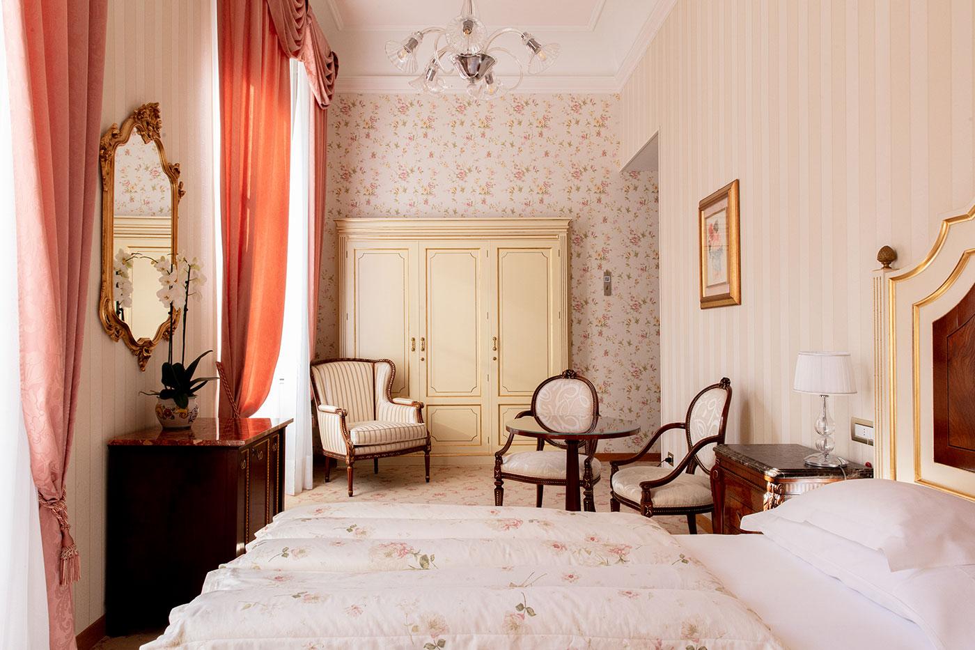 Classic Double Room 5
